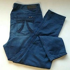 "Seven7 Womens Luxe Jean Size 20 X*28"" inseam"